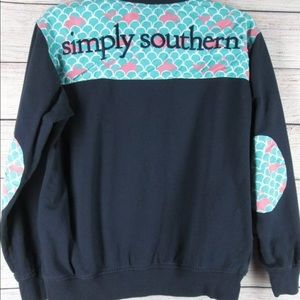 Simply southern pull over